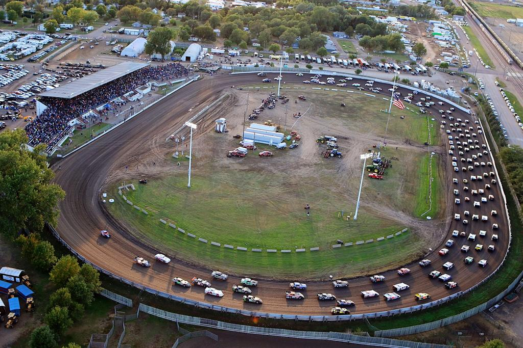 Dakota State Fair Speedway In Huron Sd Racingin Com